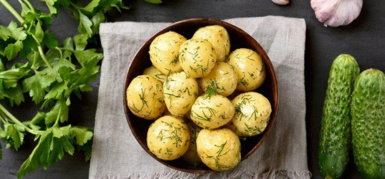 Garlicky Dill Potatoes